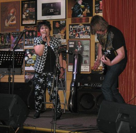 June 2010 – Tucsons Bar Restaurant, Ottawa, ON