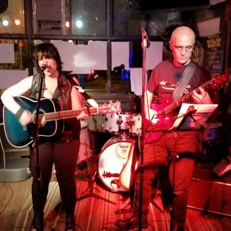 November 2015 – Linsmore Tavern , Toronto, ON